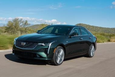 2020 Cadillac-CT4-PremiumLuxury-front_left